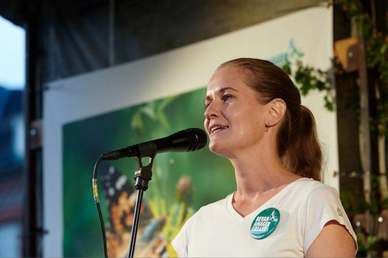 Maria Gjerding på Rådhuspladsen – se, hør og læs